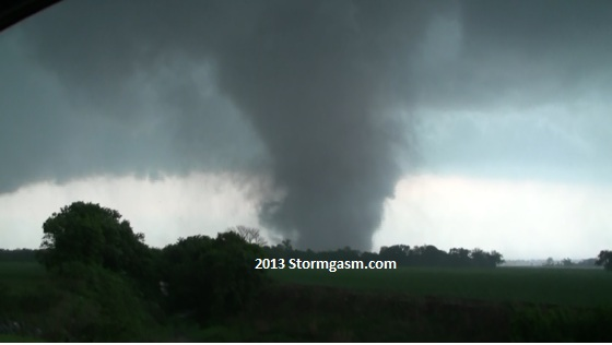 Stovepipe tornado near Dale, Oklahoma on May 19, 2013.