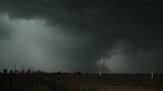 Wall cloud and weak funnel east of Kingfisher, OK