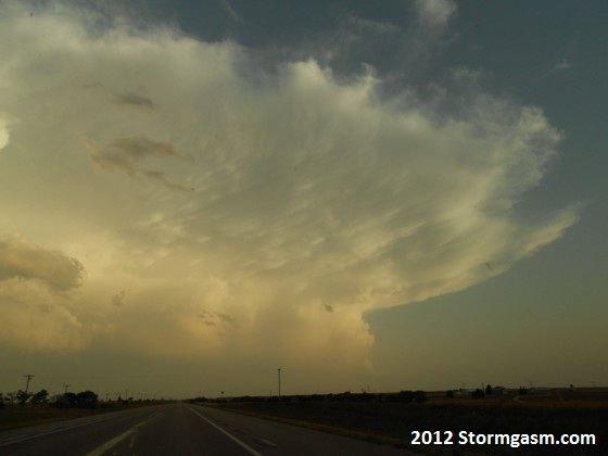 LP Supercell in the distance.