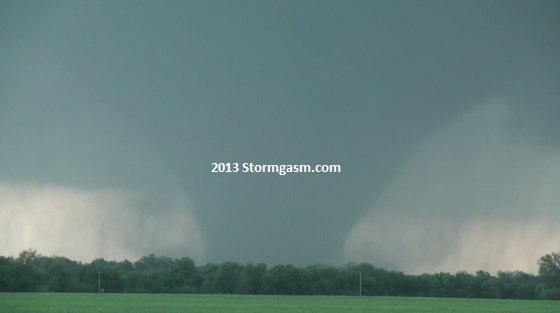 Tornado near Bennington, KS on May 28, 2013