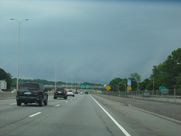 Shelf cloud crossing I-95 west of New London, CT
