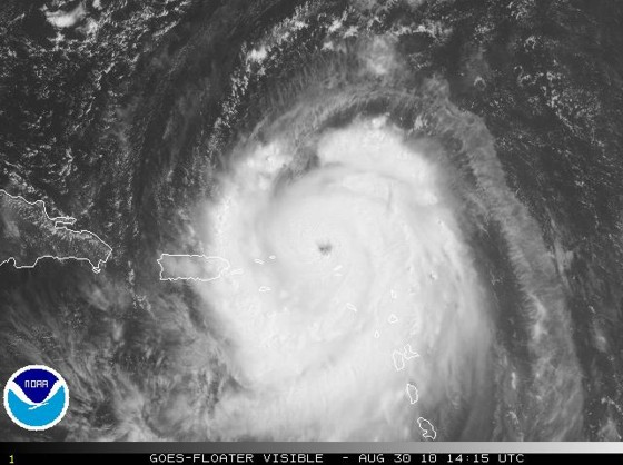 Visible satellite image on August 30 of Hurricane Earl